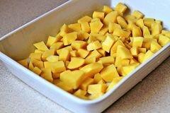 «Жареный в духовке картофель с сыром» - приготовления блюда - шаг 3