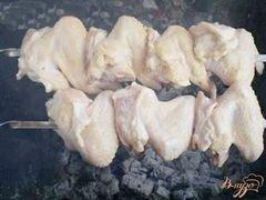«Шашлык куриный на кефире с чесноком» - приготовления блюда - шаг 3
