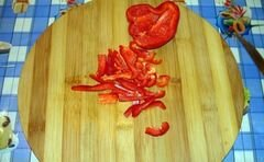 «Легкий салат с курицей без майонеза» - приготовления блюда - шаг 2