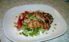 «Легкий салат с курицей без майонеза» - приготовления блюда - шаг 9