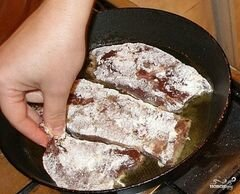 «Отбивные из печени» - приготовления блюда - шаг 7