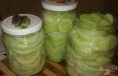 «Огуречный салат с луком на зиму» - приготовления блюда - шаг 3