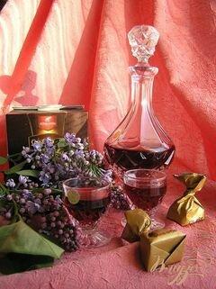 «Домашний малиновый ликер с ванилью» - приготовления блюда - шаг 2