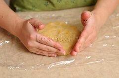 «Пирог с клубникой и яблоками» - приготовления блюда - шаг 6