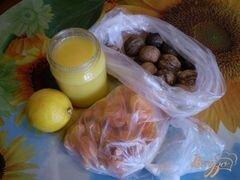 «Курага с медом и орехами» - приготовления блюда - шаг 1