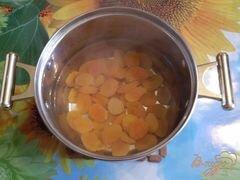 «Курага с медом и орехами» - приготовления блюда - шаг 2