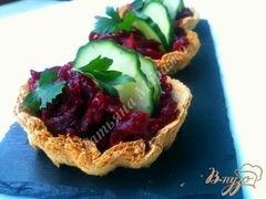 «Хлебные корзиночки со свекольным салатом» - приготовления блюда - шаг 6