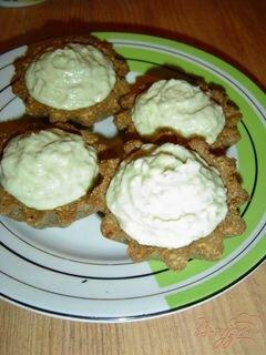 «Тарталетки с кремом из авокадо с сельдью» - приготовления блюда - шаг 8