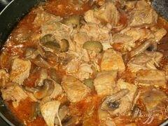 «Капустная солянка с грибами и мясом» - приготовления блюда - шаг 5