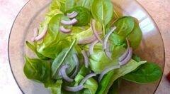 «Пикантный салат с грушей и сыром с плесенью» - приготовления блюда - шаг 1