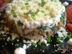 «Слоеный печеночный салатик» - приготовления блюда - шаг 10