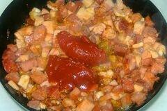 «Солянка с копченостями» - приготовления блюда - шаг 6