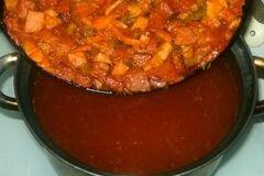 «Солянка с копченостями» - приготовления блюда - шаг 8