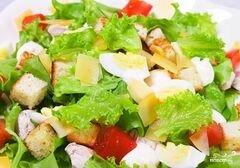 """«Салат """"Цезарь"""" с ананасами» - приготовления блюда - шаг 8"""