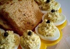 «Яйца фаршированные дайконом, каперсами и горчицей» - приготовления блюда - шаг 7