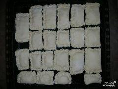 «Слоеные пирожки с сыром» - приготовления блюда - шаг 4