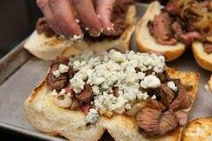 «Сэндвичи с мясом» - приготовления блюда - шаг 10