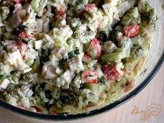 «Салат с крабовыми палочками, рисом и зеленым горошком» - приготовления блюда - шаг 6