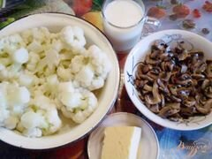 «Цветная капуста с грибами, молоком и сыром.» - приготовления блюда - шаг 1