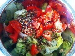«Овощной салат с сыром Джугос» - приготовления блюда - шаг 7