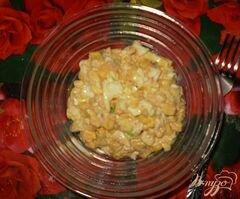 «Салат с тунцом и кукурузой» - приготовления блюда - шаг 4