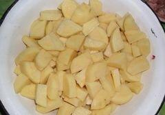 «Картошка, которая спряталась в горшочках» - приготовления блюда - шаг 3