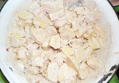 «Картошка, которая спряталась в горшочках» - приготовления блюда - шаг 4