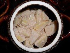 «Картошка, которая спряталась в горшочках» - приготовления блюда - шаг 5