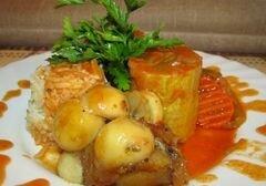 «Цукини фаршированные фаршем, тушёные с овощами» - приготовления блюда - шаг 5