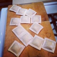 «Равиоли с чесночным соусом» - приготовления блюда - шаг 1