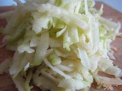 «Куриные тефтельки с яблоком и крупой» - приготовления блюда - шаг 4