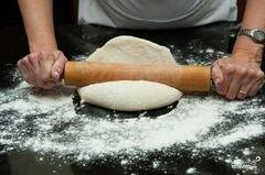 «Стромболи» - приготовления блюда - шаг 1