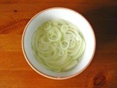 «Салат из латука и тунца» - приготовления блюда - шаг 1