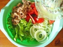 «Салат из латука и тунца» - приготовления блюда - шаг 5