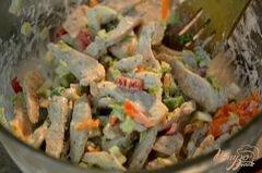 «Куриный салат с сырными слойками» - приготовления блюда - шаг 2