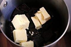 «Острые трюфельные шоколадные брауни с красным перцем» - приготовления блюда - шаг 2