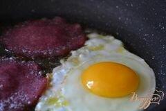 «Бургер из томатных оладьев» - приготовления блюда - шаг 4