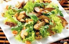 Теплый салат с луковым картофелем и груздями, пошаговый рецепт с фото