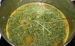 Гороховый суп с гренками - приготовления блюда - шаг 9