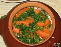 Кролик запеченный в горшочке с лесными грибами, пошаговый рецепт с фото