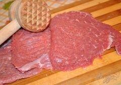 Говядина с чёрной смородиной – кулинарный рецепт